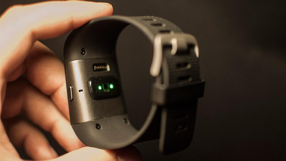 FitBitSurge Sensor
