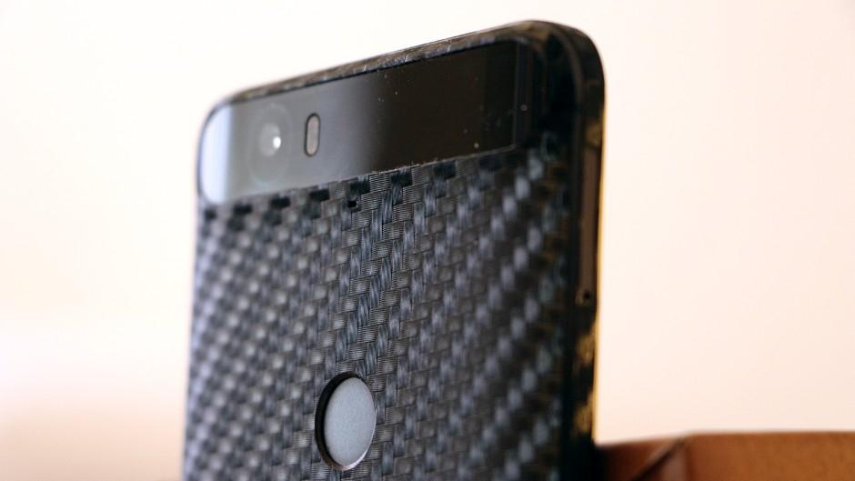 DBrand Nexus 6P fibra de carbono 04